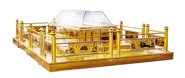 Titanium automatic mourning coffin